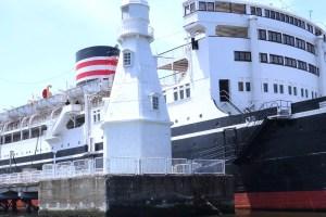 旧横浜東水堤灯台