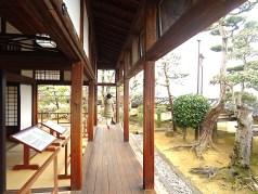 高知城本丸・懐徳館