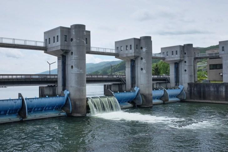 天竜川・釜口水門