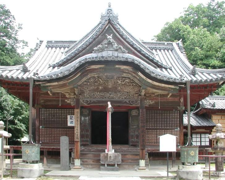 長寿院(大洞弁財天)