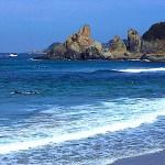 立神岩(湊の立神岩)