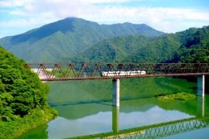湯西川橋梁