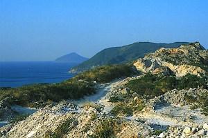 コーガ石採掘場