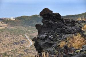 三原山・ゴジラ岩