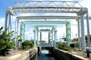 下関漁港閘門