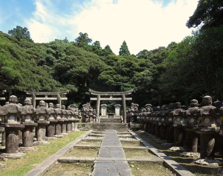 萩藩主毛利家墓所(東光寺墓所)