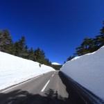 磐梯吾妻スカイライン開通/雪の回廊