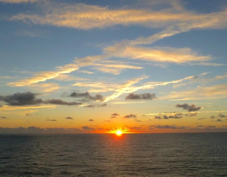 伊勢湾フェリー 洋上初日の出クルーズ便運航