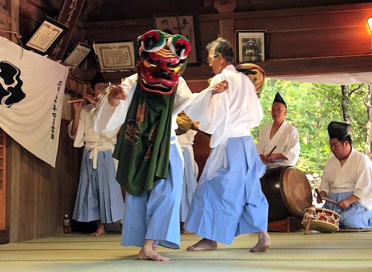 宮城野湯立獅子舞(箱根の湯立獅子舞)