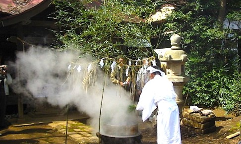 香取神社『高松湯立て』