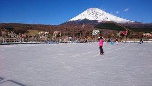 ぐりんぱ 湖のスケート場