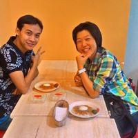 マニラの英語学校EBは、外出可なのでカフェで先生と勉強したりもできます。