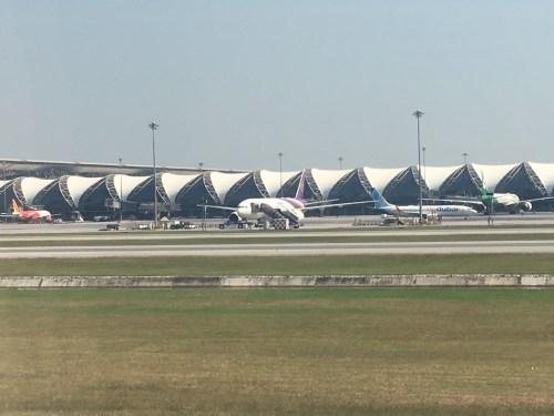 衝突 デトロイト 事故 空港