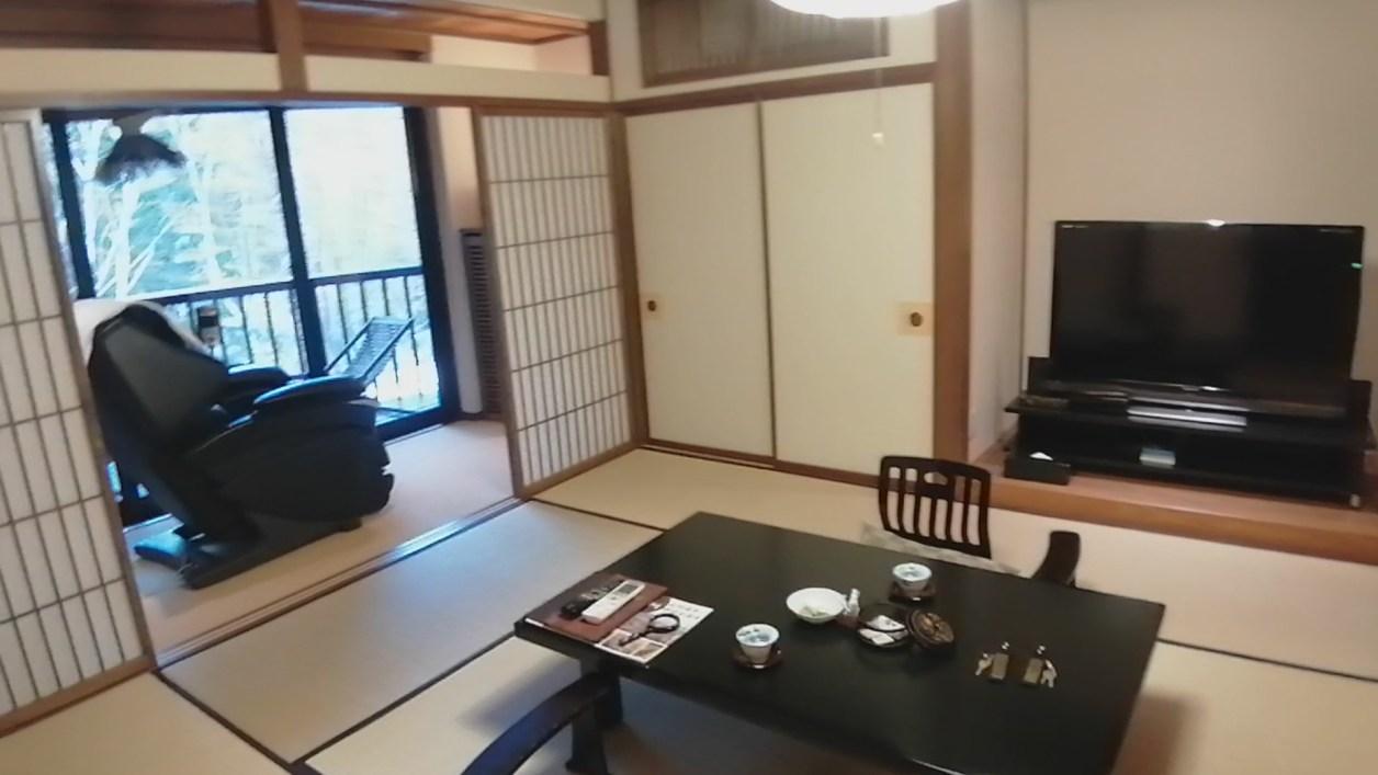 信州長野 上林温泉 湯宿「せきや」さん 遊季亭 10畳和室