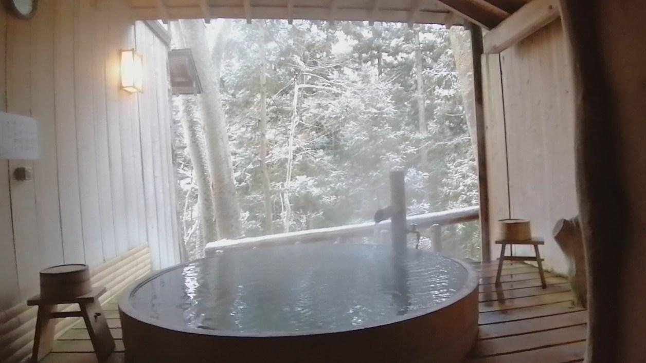 信州長野 上林温泉 湯宿「せきや」さん 貸切露天 けやきの湯