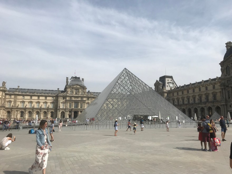 Louvre-Pyramide
