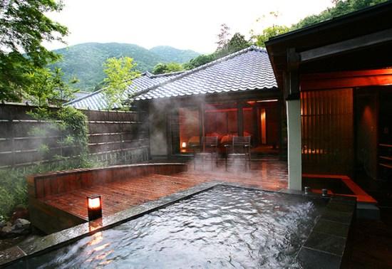 20140801-76-2-yugawaraonsen