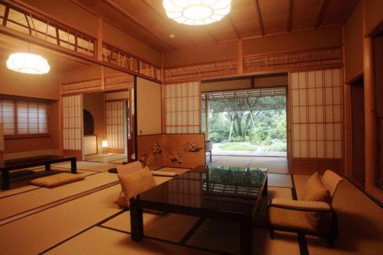 20140801-76-7-yugawaraonsen