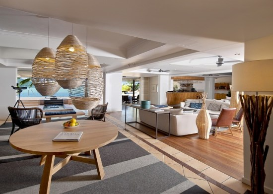 20141008-154-9-hamiltonisland-hotel
