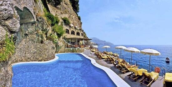 20150327-327-11-amalfi-hotel