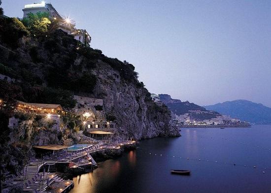20150327-327-15-amalfi-hotel