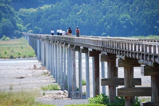 20160322-675-9-japan bridge