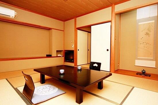 20160613-736-2-yugawaraonsen
