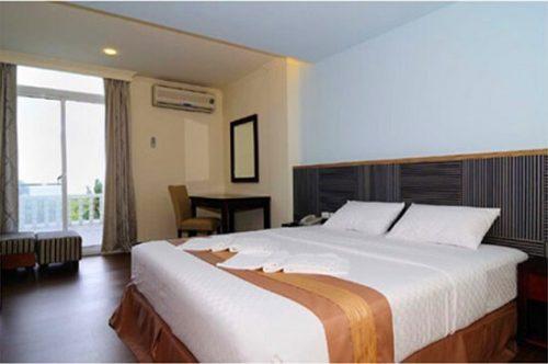 20160704-760-2-palau-hotel