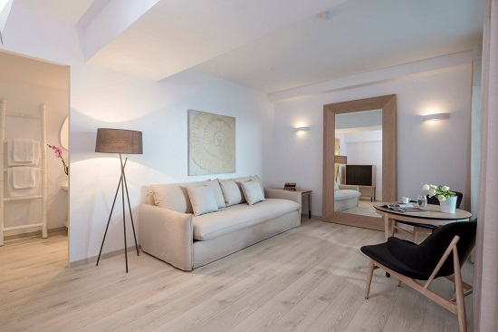 20160728-782-7-mykonos-hotel