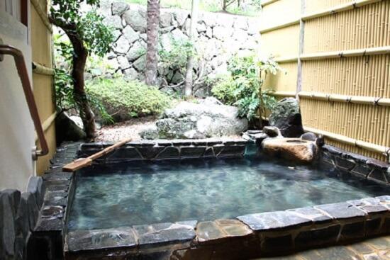 20161030-871-1-shimogamoonsen