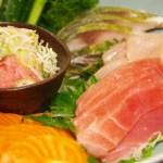 マグロ 刺身 海鮮 食事 和食