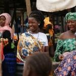 アフリカ ファッション 女性