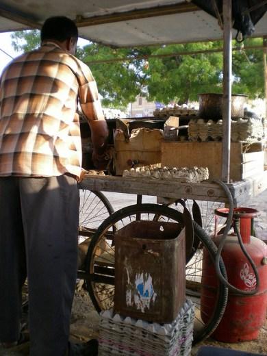 … en attendant mon omelet and bread (Jaisalmer)