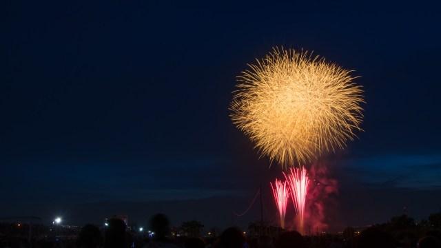 隅田川花火大会2017の有料席予約が開始!急いで申し込もう!