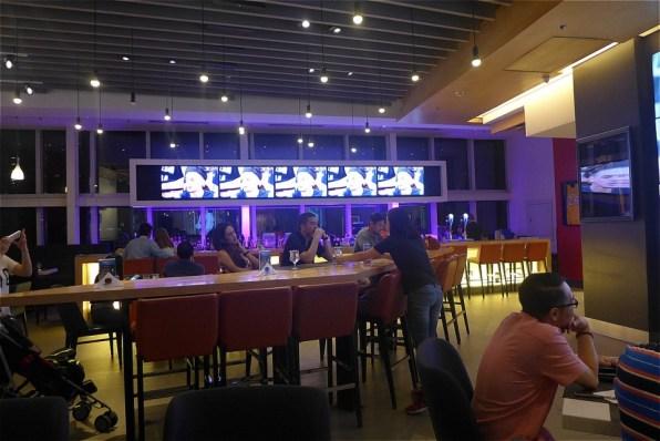 フィリピンマニラのNBAカフェ店内の様子1