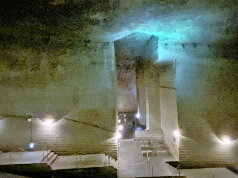 「大谷資料館~幻想的で異次元空間にしばしトリップ~古墳時代から採掘された大谷石」のアイキャッチ画像