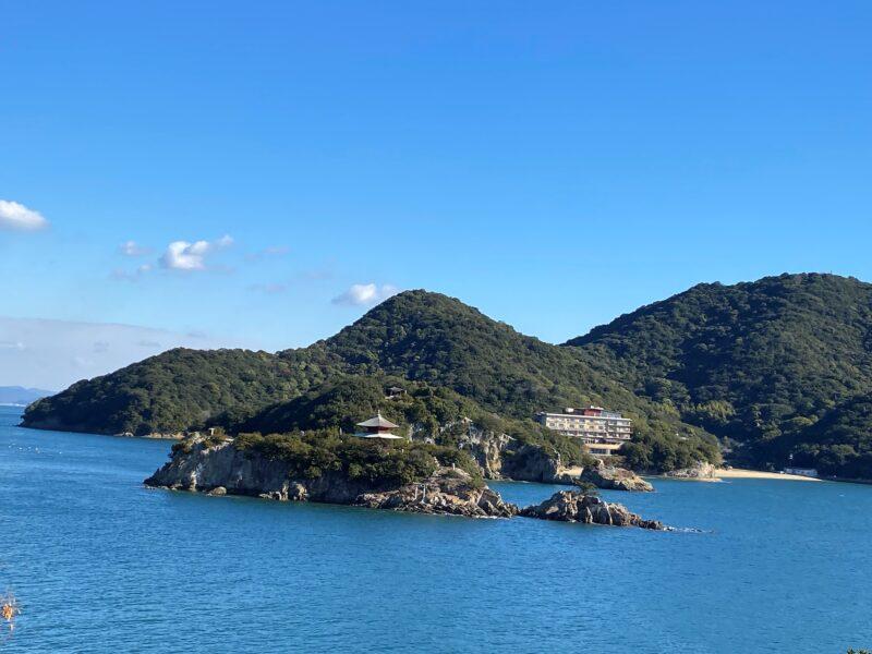 「仙酔島~鞆の浦から船で5分の美しい宝の島・弁天堂のある弁天島も。」のアイキャッチ画像