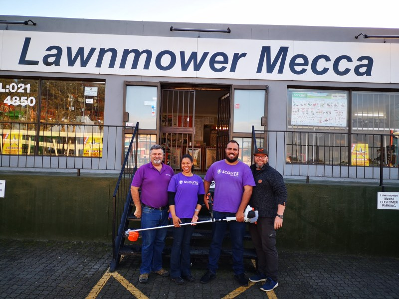 Lawnmower Mecca support Table Bay Rovers
