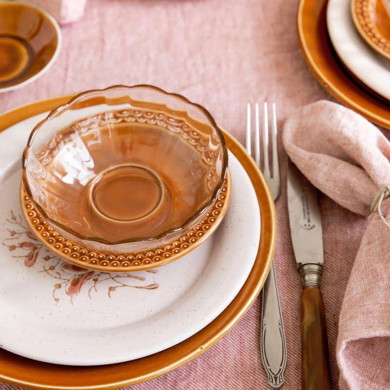 vintage servies combineren met rose