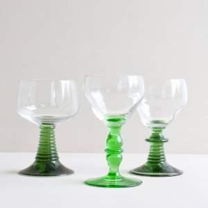 set vintage glazen met groene voet