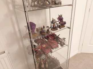 Fully packed, expanded Detolf cabinet