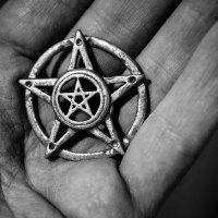 Satanizm-Szatan-Szpak