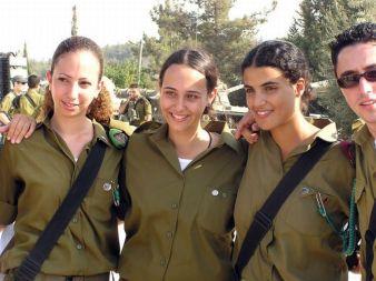 dziewczyny z izraelskiej armii - po ćwiczeniach