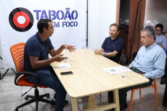 Deputado federal Walter Ihoshi visita a redação do Taboão em Foco.