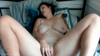 Kelly Payne – Dad And Son Trick Mom Part 1-2