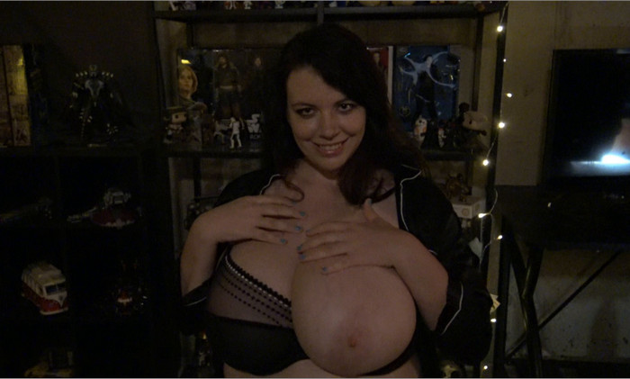 Lovely Lilith – Motherly Obsession