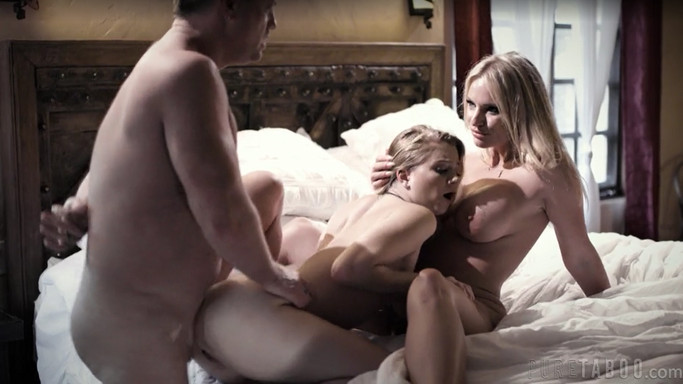 Rachael Cavalli, Riley Star – Behind Closed Doors