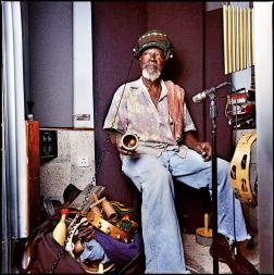 "Uzzaiah ""Sticky"" Thompson. Kingston, Jamaïca, décembre 2008."