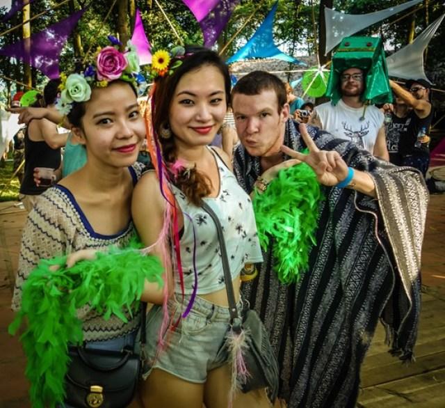Việt Nam cũng là nơi diễn ra lễ hội Quest, nhiều sự kiện âm nhạc, nghệ thuật và văn hóa hấp dẫn.
