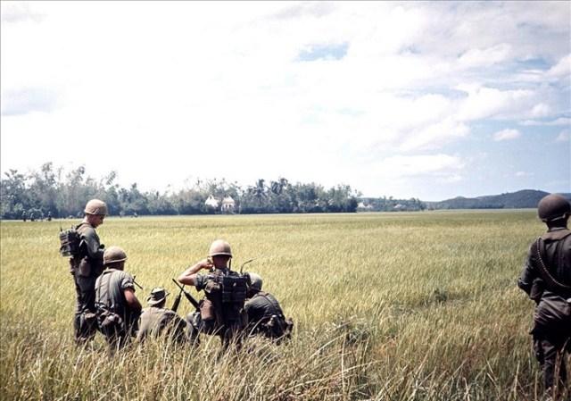 Nhiệm vụ chủ yếu của Sư đoàn Dù 101 là hỗ trợ chiến đấu cho quân đội Sài Gòn và ngăn chặn sự xâm nhập của lực lượng quân đội Giải phóng vào miền Nam qua ngả Lào và thung lũng A Sầu (Huế).